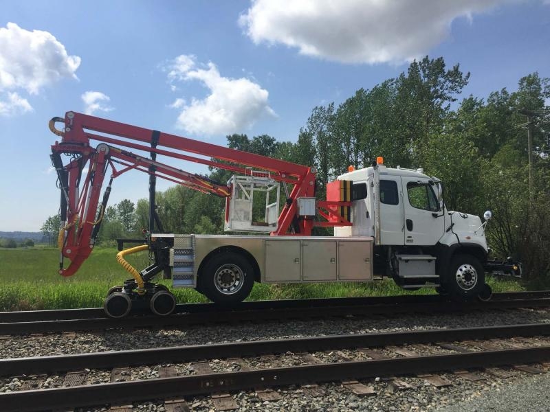 Under Bridge Inspection Crane Trucks | Crane Units for